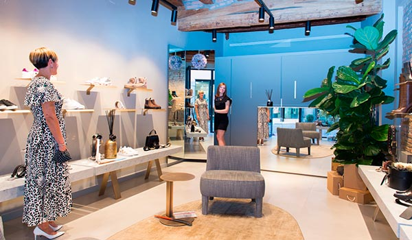 Interno negozio Undici Women Shoes Monselice Centro